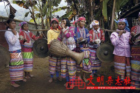 欢乐拉祜(图片来源:文明杂志社)