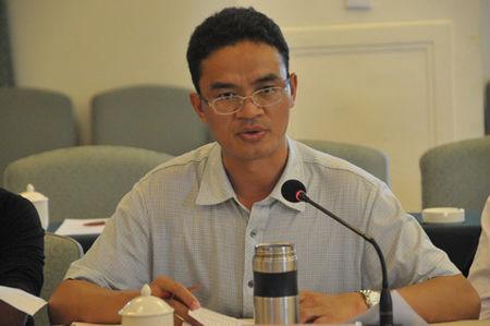 石林县副县长张津华主持考察座谈会