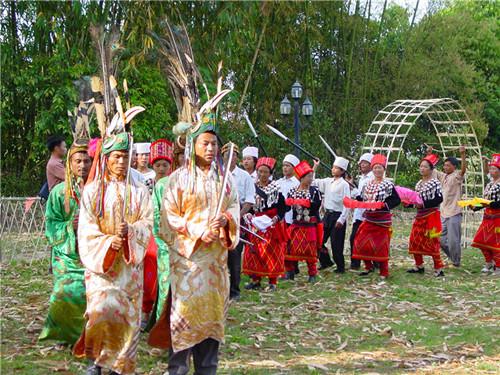 景颇园中的传统仪式