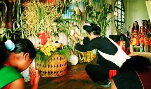 佤族新米节(图片来源:爱游网)