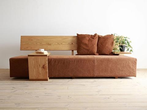 原木配布艺,这样的沙发使人感到温暖亲切