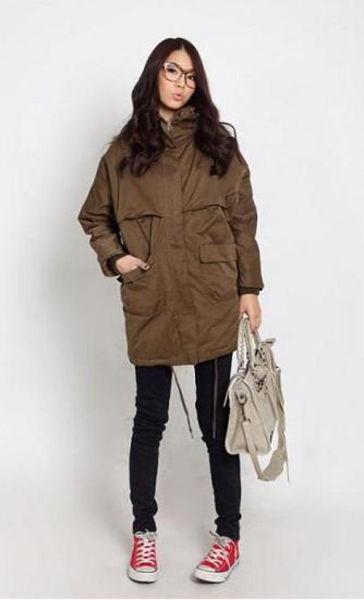 女棕色鞋子怎么搭配