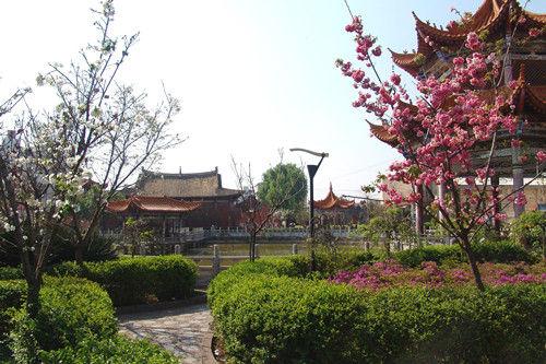 """在文化上,姚安文化底蕴深厚,长篇史诗《梅葛》被誉为""""彝族的百科全书"""""""