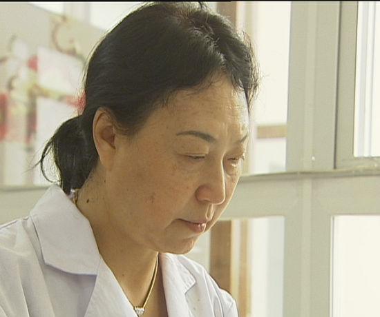 年近古稀的整形医师李晋豫 让女人如花般美丽