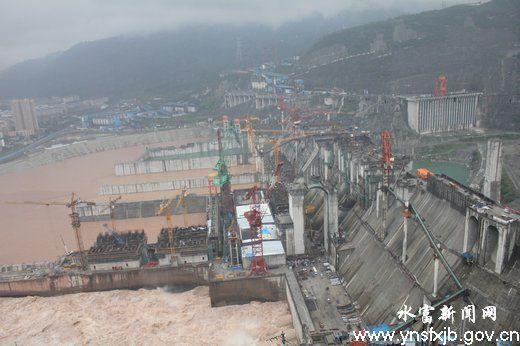 水富县向家坝工程建设奋力冲刺蓄水发电目标