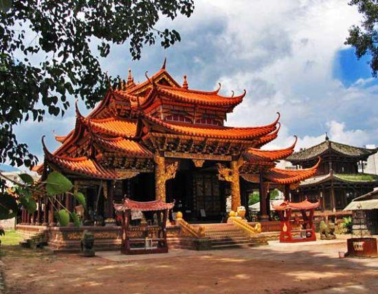 景谷塔包树和树包塔寺庙