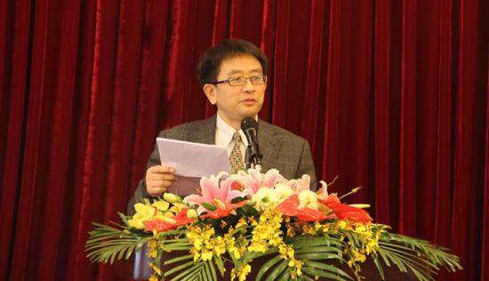 网站建设牵头人,英索传媒董事长王安之在发布会上致辞