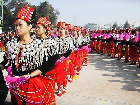 目瑙纵歌节