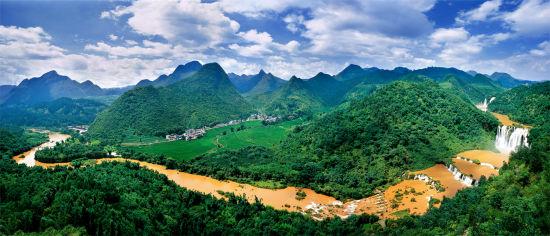 罗平九龙瀑布群景区 高清图片