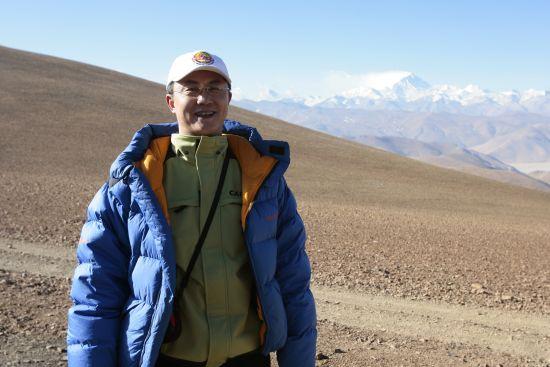 2006年4月饶剑锋在去珠峰的路上