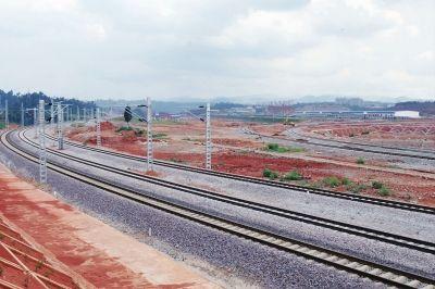 云南最大的内陆港-桃花铁路货运站建设正酣