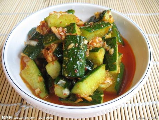 红油黄瓜(图片来源:昵图网)