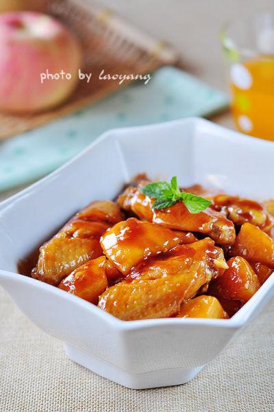 苹果烧鸡翅(图片来源:美食天下)