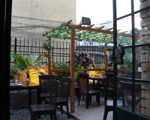 花园主题餐厅(图片来源:订餐在线网)