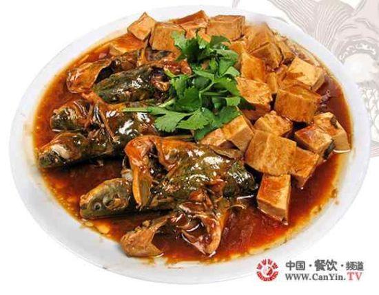 鲶鱼烧豆腐(图片来源:中国餐饮网)