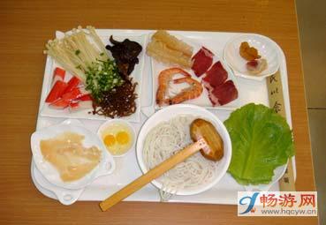 什锦凉米线配料(图片来源:畅游网)