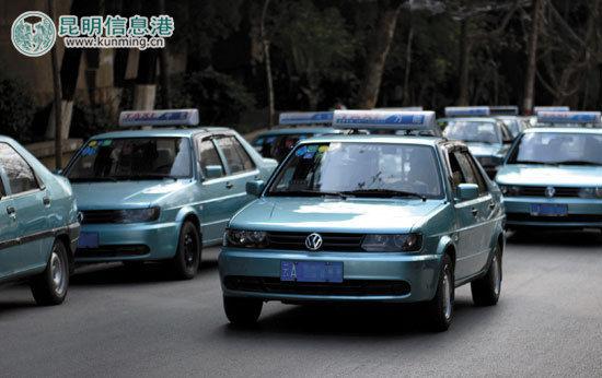 在本月进行的集中整治中,将对拒载、议价的出租车公开曝光 。记者文若愚/摄