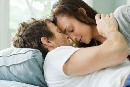 两性:床上女人也可以主动吗? _两性_云尚生活